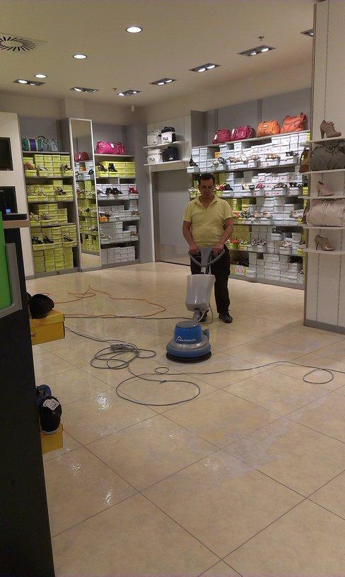 K.s. čištění podlah, voskování, Havířov